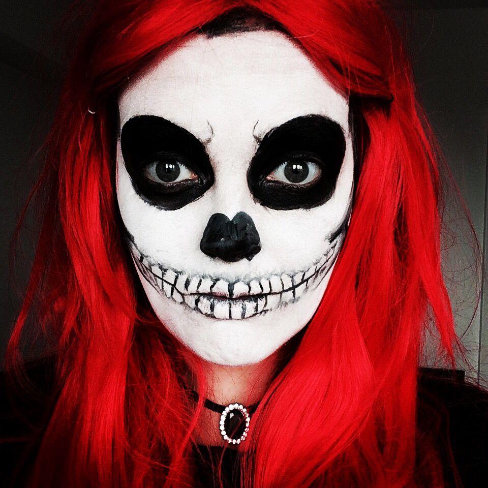 Skull face paint. Practice for Halloween