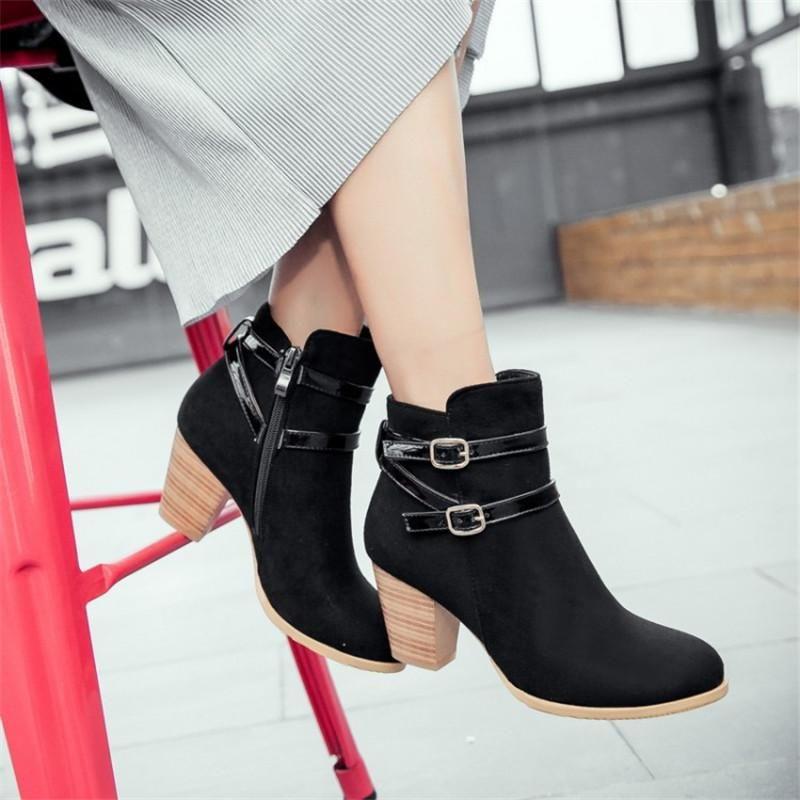 Botas de mujer negra con tacón 3.5 cm look del ante con
