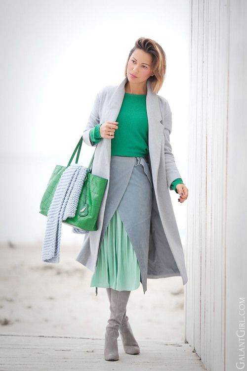 How to wear pops of color | Elena Gallant girl | Ukraine fashion | fashion blogger | The Most colorful fashion bloggers