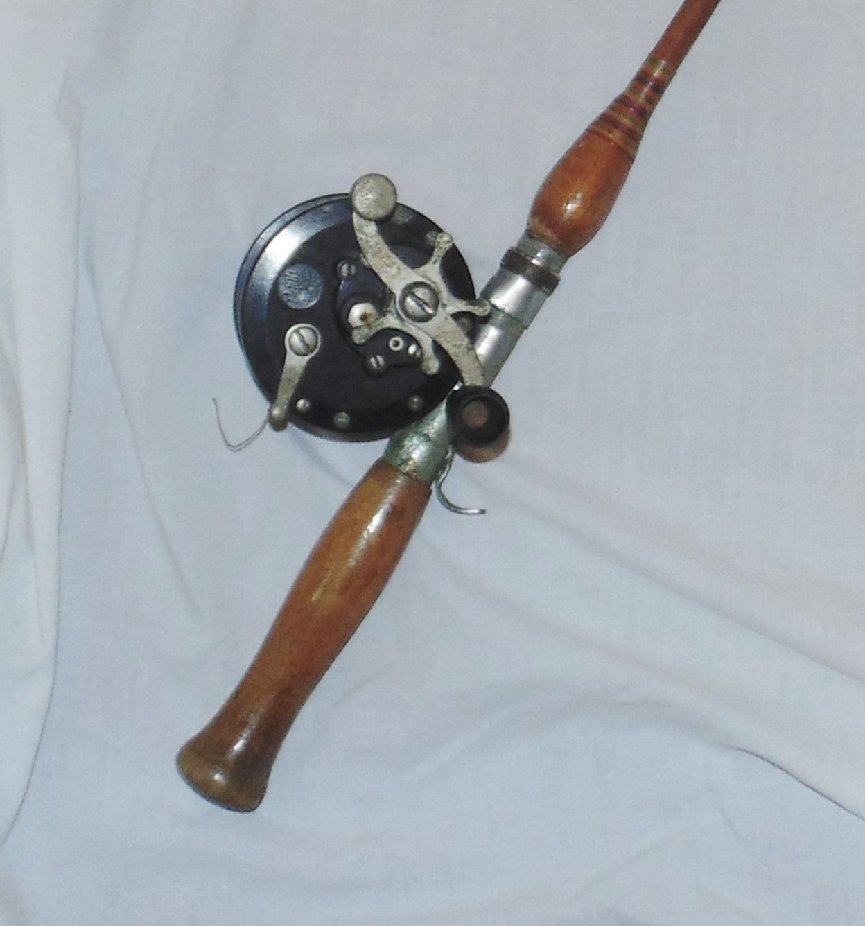 Vintage 52 Bamboo Fishing Rod With Penn 85 Reel Wood Handle
