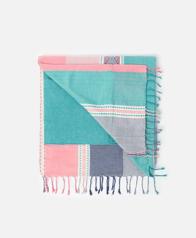 86169a500751 Pareo toalla doble raya cenefa - OYSHO | Cositas bonitas en 2019 ...
