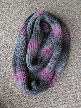 Loom Knit Infinity Scarf | Knitting | Pinterest | Stricken, Mütze ...