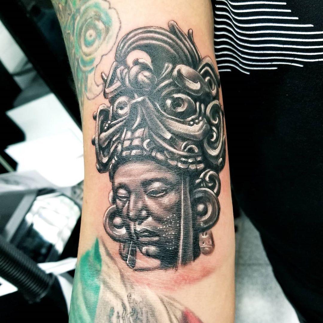 Un tatuajin que hize antes que empezara la cuarentena  @irvin.picazo #tattooistartmag #inkedmag #texasinkedmag #inkmasters #dfwtattooartist #tatuadoresmexicanos #inkMX #tattoosnob #tattoosociety #aztectattoo #blackandgraytattoo #armtattoo #inkfreakz #inkjunkeyz #hardliferotaries #silverbackink #blackthirteen