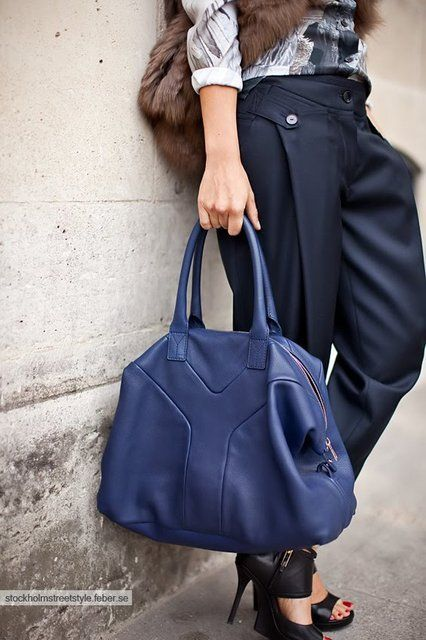 Yves Saint Lau Easy Bag