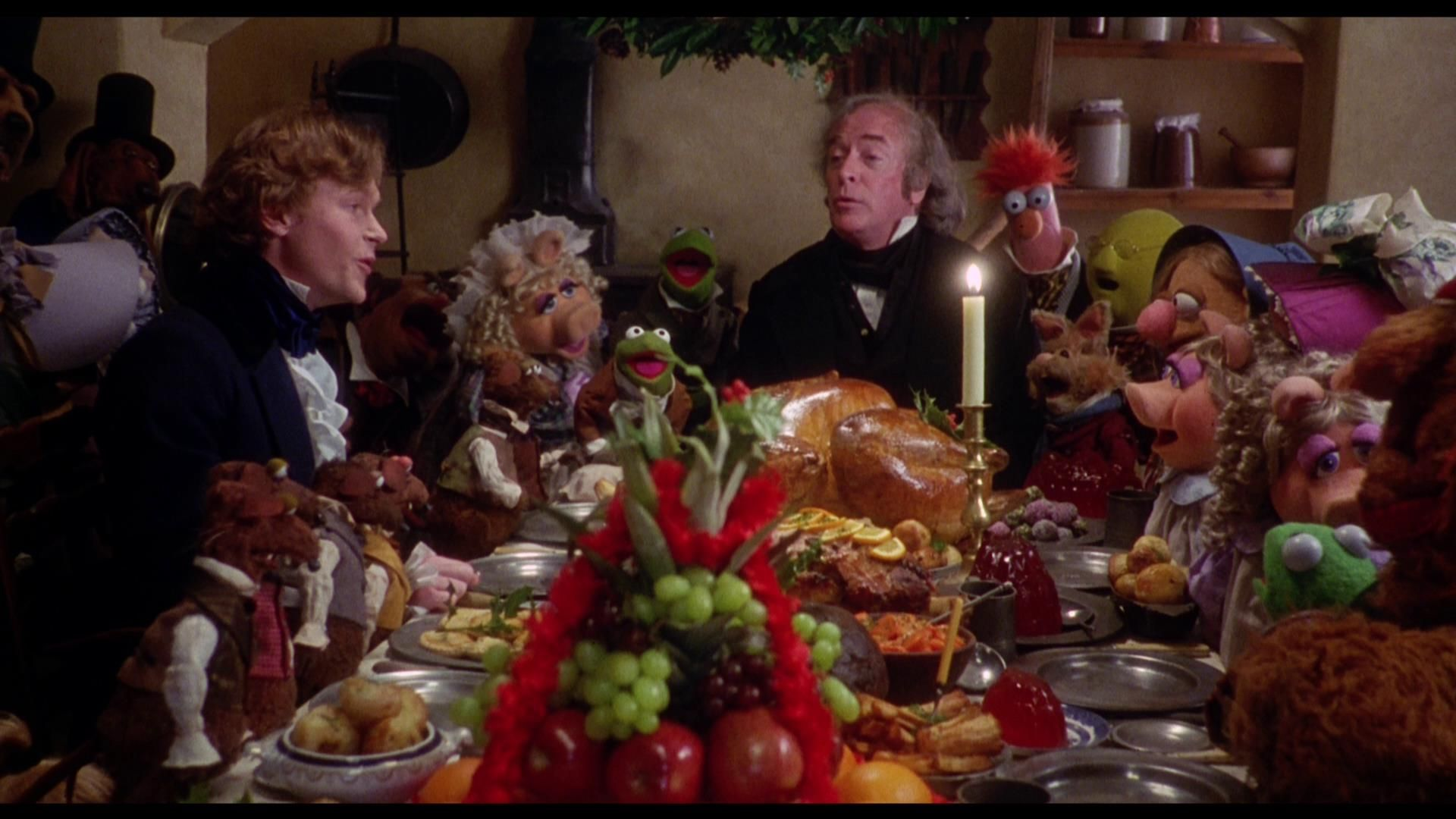 🎵The love we found, the love we found. We carry with us so we're never  quite alone🎵🎄💖 | Muppet christmas carol, Muppets, It's a wonderful life