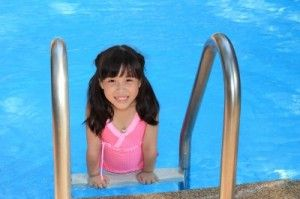 Tips for simplifying swimming with kids
