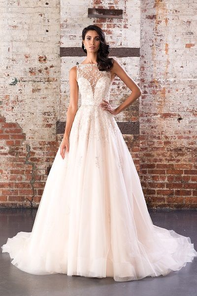 993571c0043 Quad Cities Bridal   Wedding Shop with everything you need for your wedding