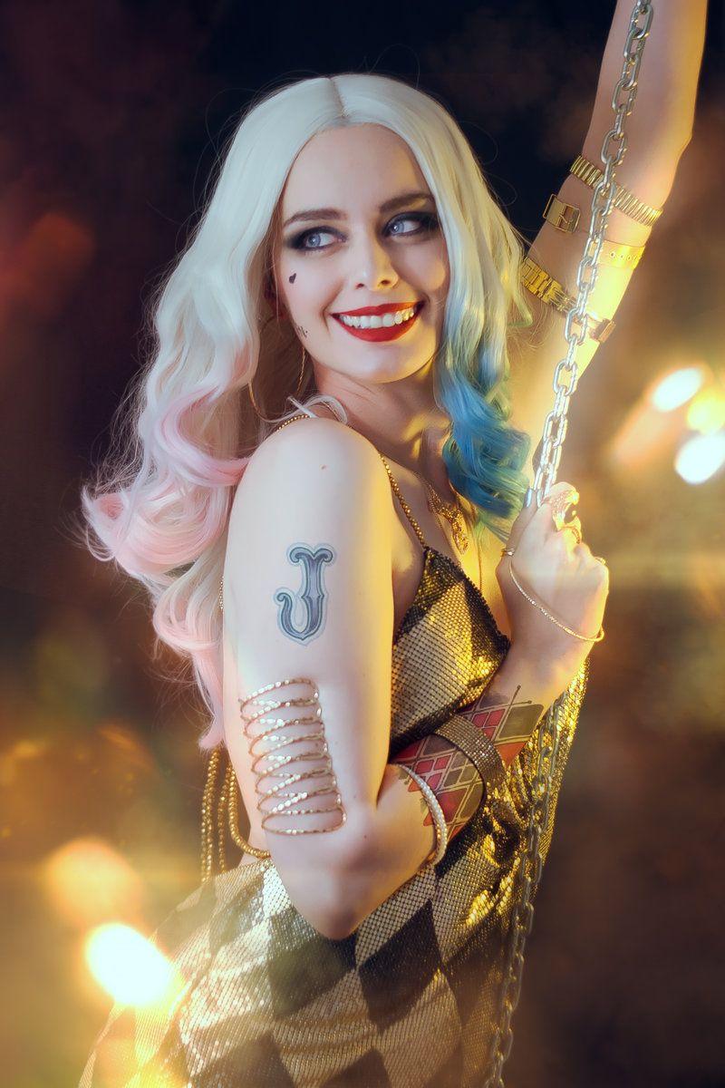 Harley Quinn Body Painting Arkham City Batman   Preview