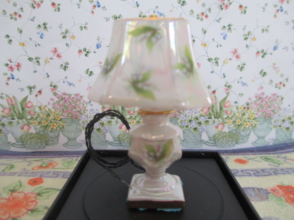 Dollhouse Miniatures Lily Of The Valley Luster 12 Volt Working Lamp By Ni Glo Lamp Dollhouse Miniatures Miniatures