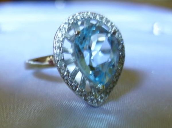 2.57 CT TW BLUE TOPAZ & CREATED WHITE SAPPHIRE PLATINUM / STERLING SILVER RING