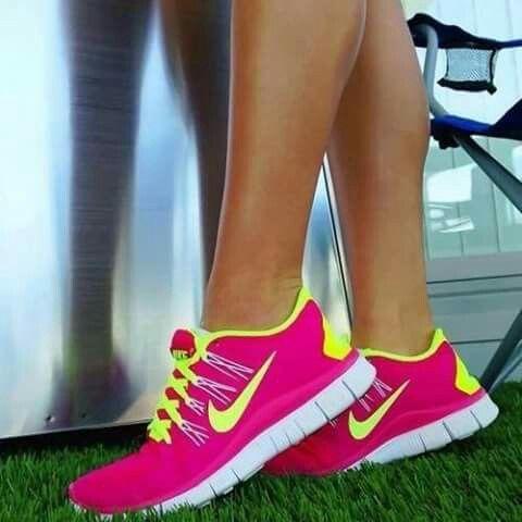 recurso gasolina filtrar  Pin by Ceylis Sevilla on gym   Nike neon, Running shoes nike, Nike free  shoes