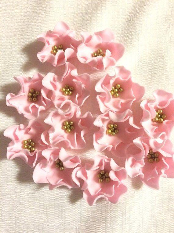 Edible Flowers 15 Mini Vintage Soft Pink Fondant Flowers Cupcake