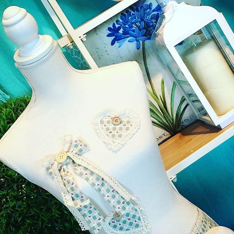 Velas faroles cojines y si no fuera poco ya los nuevos modelos de maniqu es en nuestras - Modelos de cojines decorativos ...