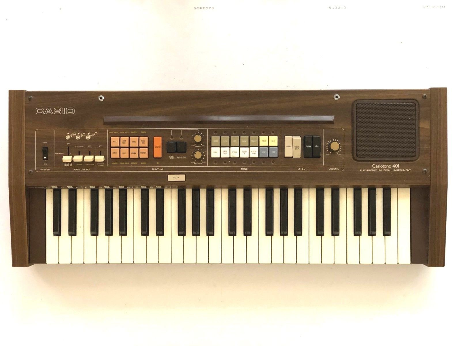 Vintage 1980's Casio Casiotone 401 Piano Synthesizer Organ electric