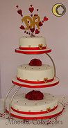 Red, white & Rose Wedding cake by Moonlit Cakes. (www.MoonlitCakes.com)