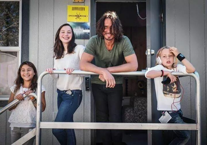 Chris Cornell With His Kids