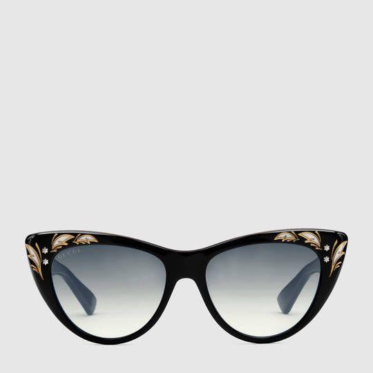 bf5f6b3f38 Oversize cat eye sunglasses - Gucci Women s Sunglasses 418823J07401015