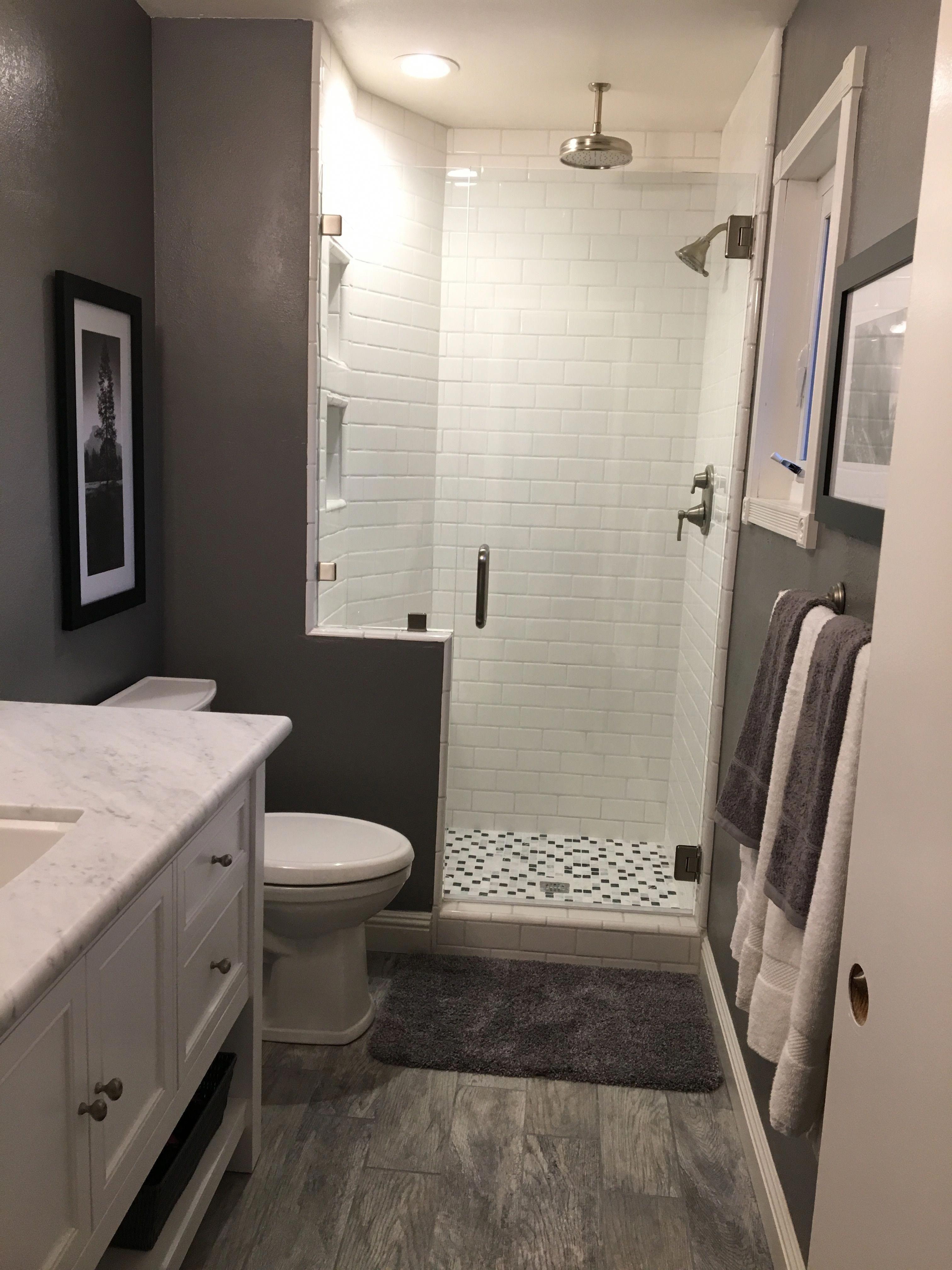 Best Small Bathroom Ideas Blackredbathroomideas Small Bathroom Remodel Basement Bathroom Remodeling Bathrooms Remodel
