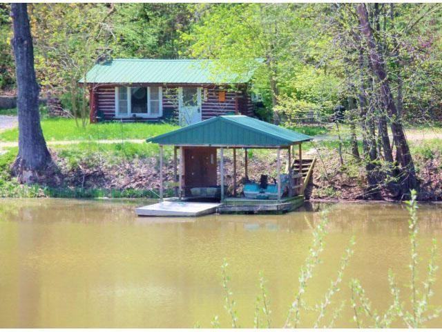 Rustic Lakefront Log Cabin For Sale In Fulton Missouri
