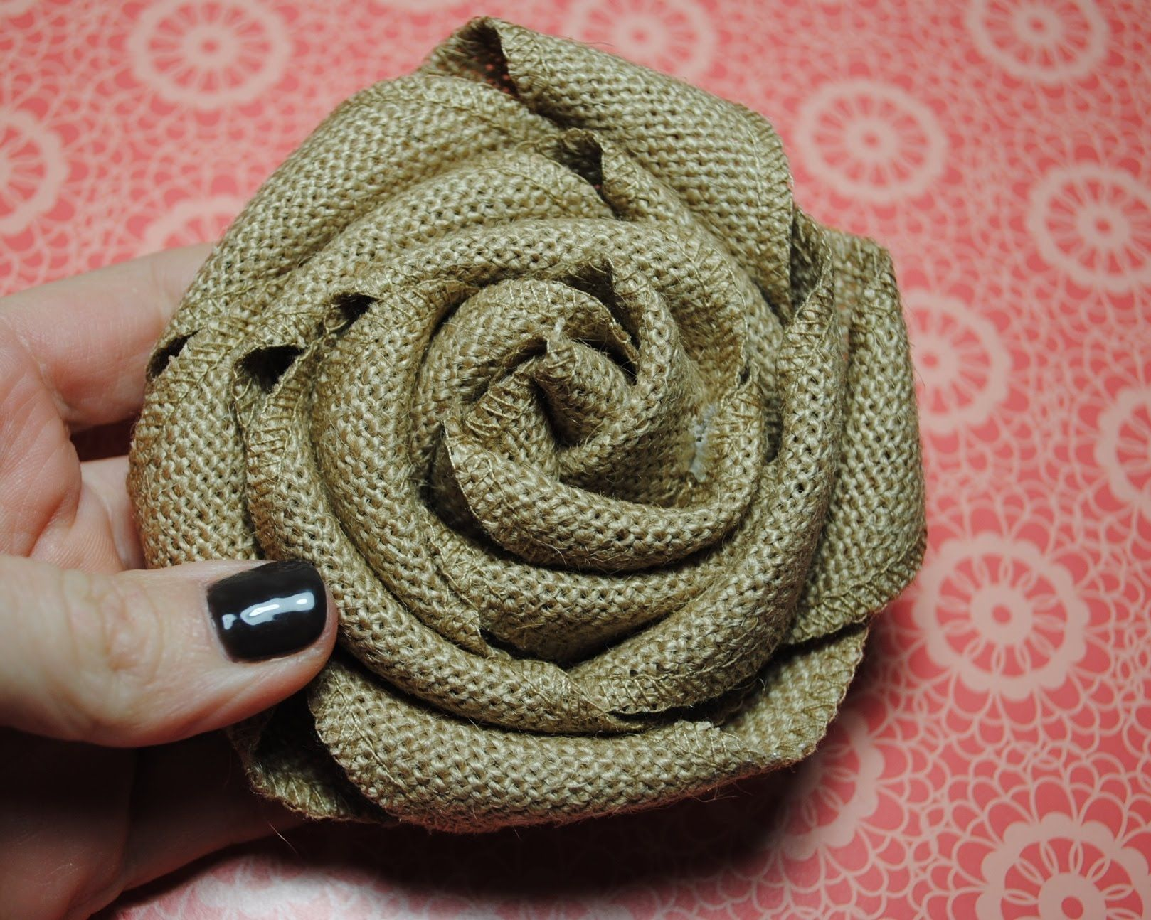 Stampin 39 up burlap ribbon burlap rolled flower tutorial for Diy jute