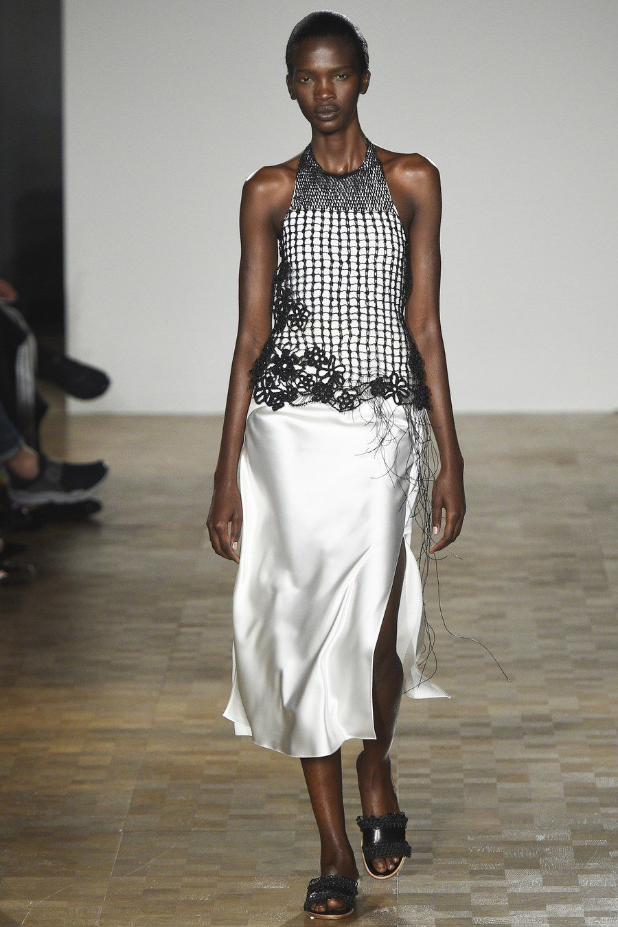 Pringle of Scotland Spring 2016 Ready-to-Wear Fashion Show