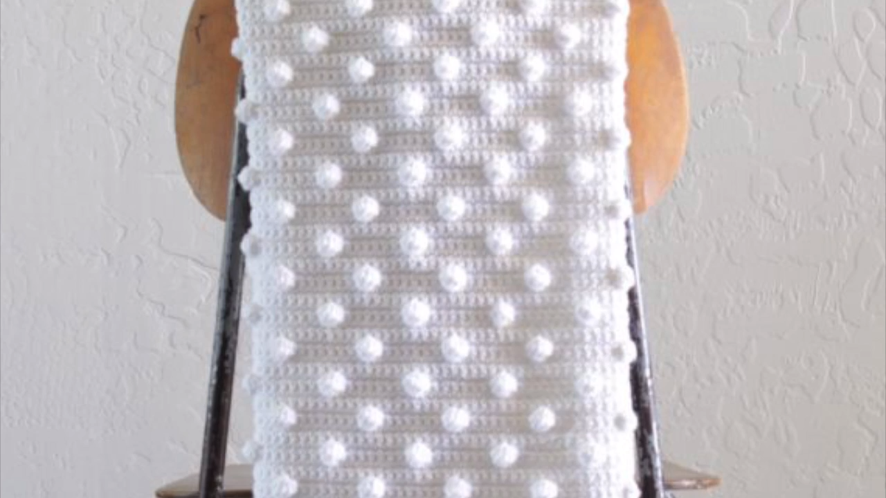 How to Crochet Bobbles (DC5TOG)