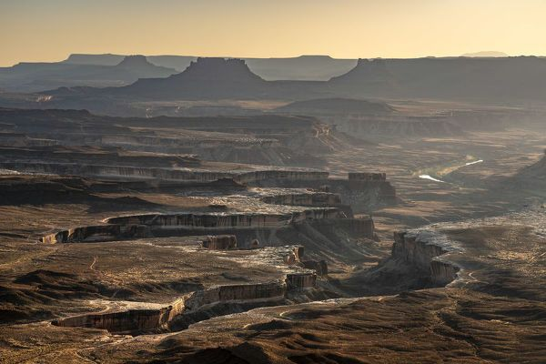 Canvas Print-Green River Overlook before sunset, Canyonlands National Park, Utah, USA-20x16 inch Box Canvas Print made in the UK