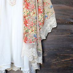 opaque floral printed kimono with scallop crochet lace hem. zazumi.com