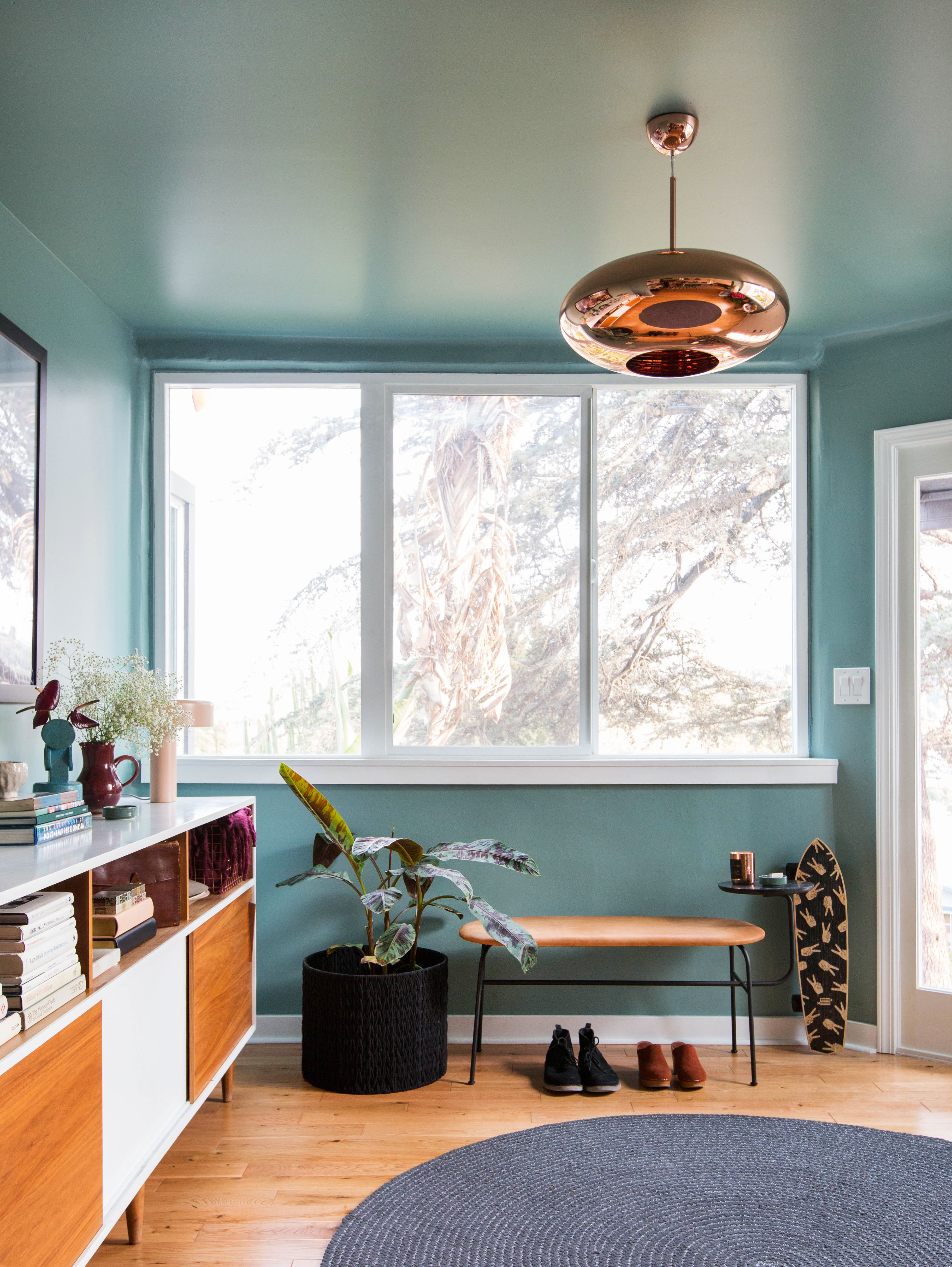 A Fresh Coat Of Paint Brings This Mid Century Modern Entrywa
