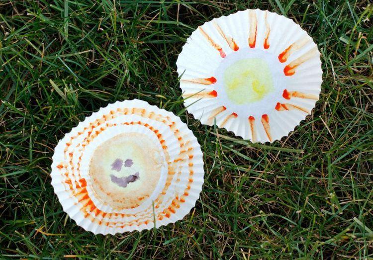 DIY: Watercolor Cupcake Liner Suns