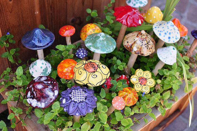 ceramic mushrooms lll art for miniature gardens. Black Bedroom Furniture Sets. Home Design Ideas