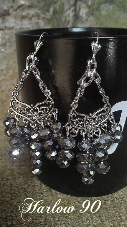 Nuevo diseño!! Aretes #H90 en Cristal Gris #SuperFlashing. Elegantes y delicados