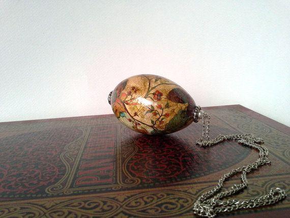 Decorative egg, romantic easter, easter egg, decoupage egg, egg with chain, goose egg, painted egg, Malikdesign