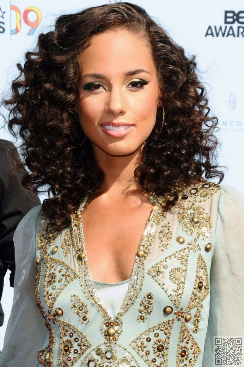 16 Red Carpet Ready 40 Curly Hair Inspos That Every Curly Girl Will Appreciate Hair Curls Curly Hair Styles Naturally Hair Styles Cool Hairstyles