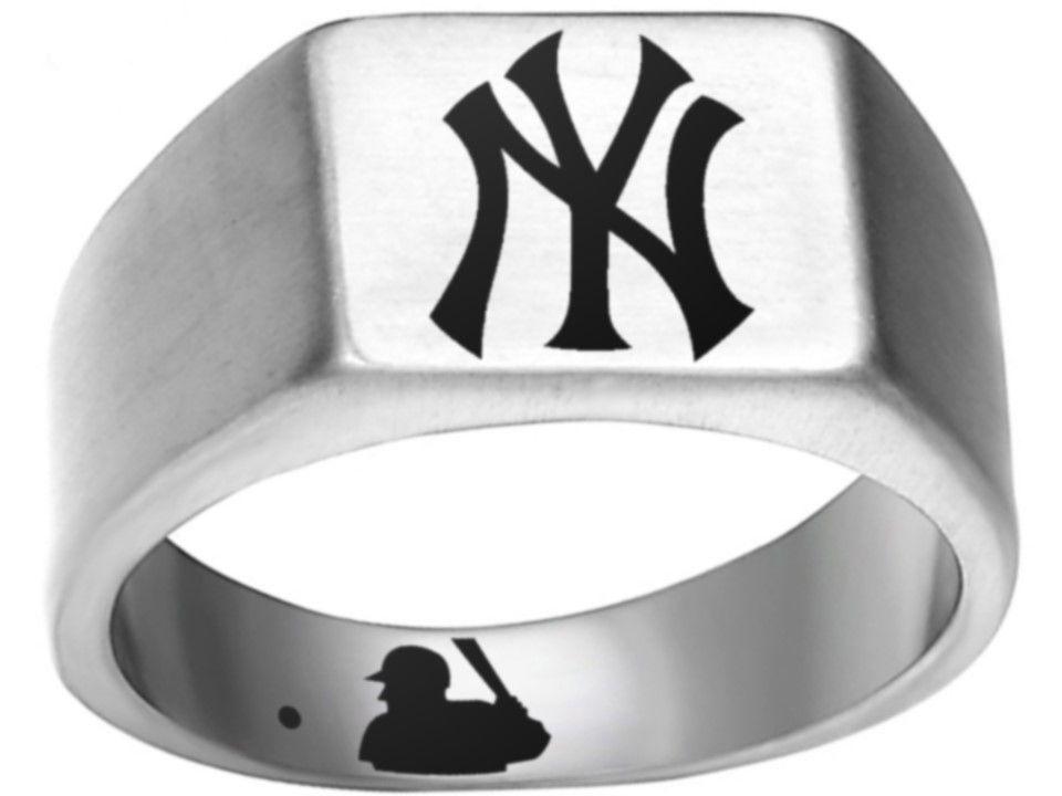 New York Yankees Logo Ring Silver And Black Nyy Mlb Titanium Steel Ring Mlb Sizes 8 12 Available Cu New York Yankees Logo Titanium Steel Rings Yankees Logo