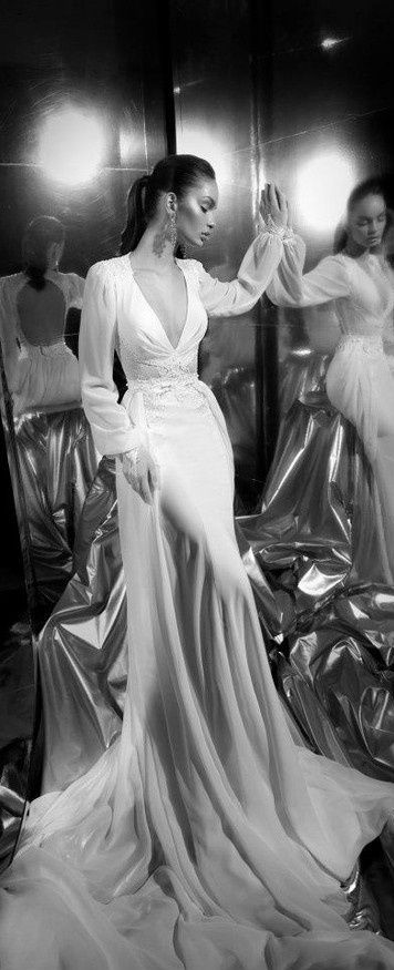 Elegant 40's Wedding Dress