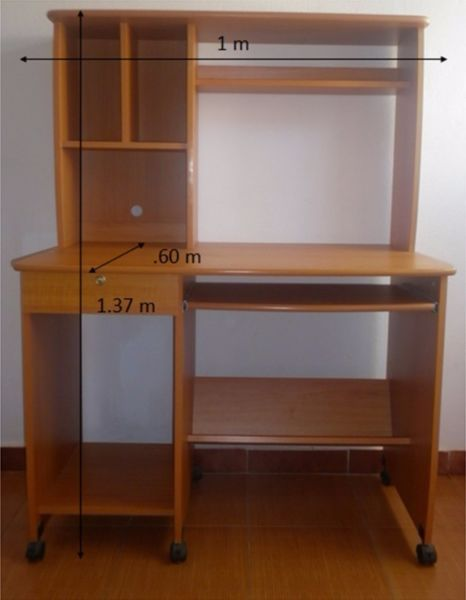 Mueble escritorio para computadora mesas pinterest for Mesa para computadora