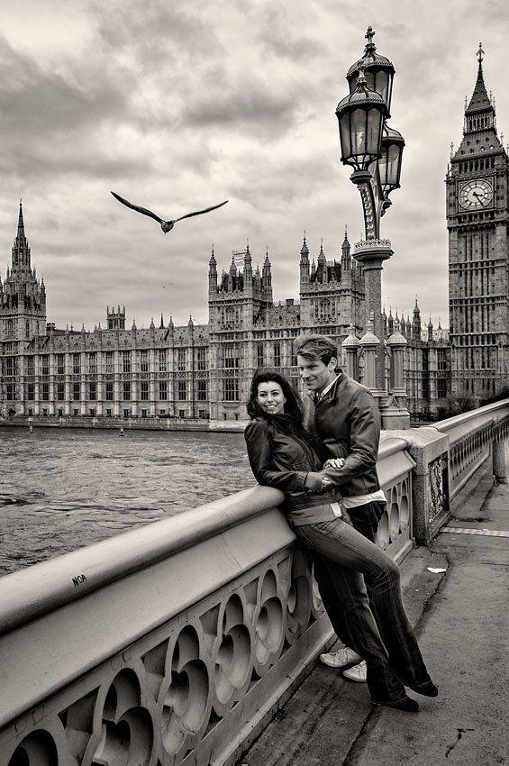 , Black & white Engagement Shoot, Travel Couple, Travel Couple