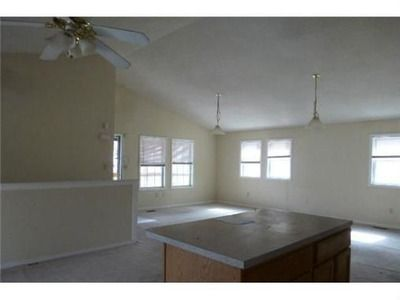 5504 College Ave, Kansas City, MO 64130 Vaulted ceilings!