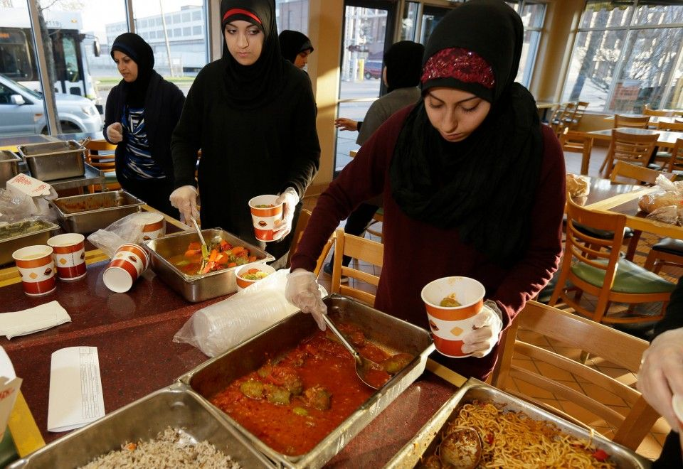 Halal Food For Us Schools Now Playing A Big Role For Muslim Students Halal Recipes Food Food Pantry