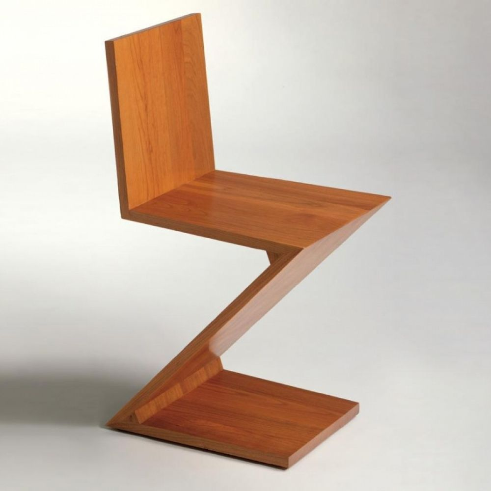 Awesome The ZigZag Chair By Cassina Was Designed As Early As 1934 By Gerrit  Rietveld For The Italian Label. The Zig Zag Chair Convinced Us With Its  Unusual Shape ...