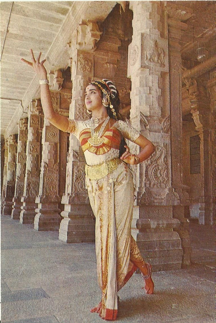Heritage of India Dance Performance in Temple vintage