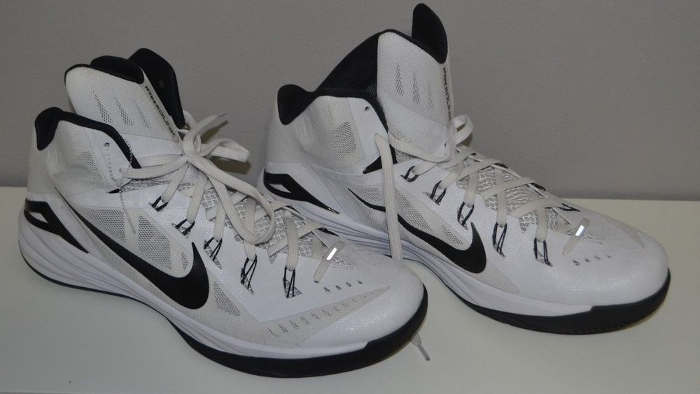 fa36d8ca3f79 Nike Hyperdunk Lunarlon Size 18 Black White New Basketball Kobe Shoes  Nike   BasketballShoes