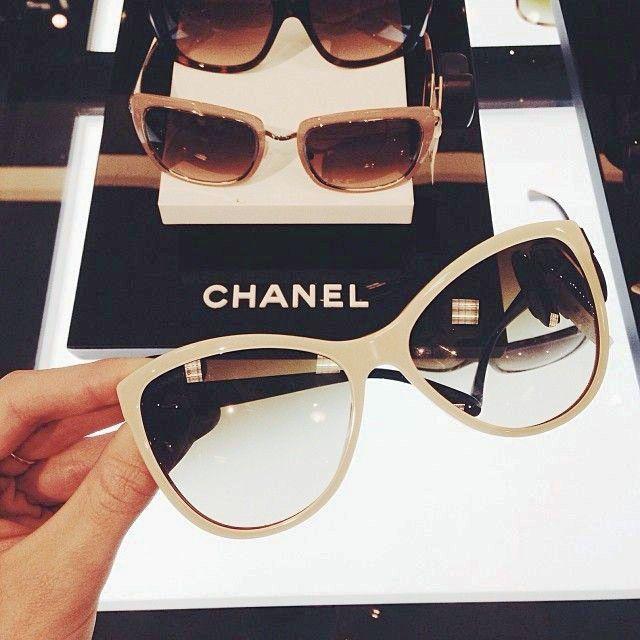 Acessórios Femininos, Óculos Gatinho, Modelos De Óculos, Armações De Óculos,  Usando Óculos a2004e16de