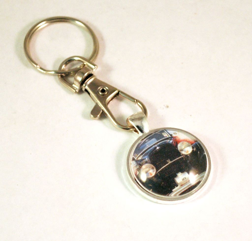 1932 Ford Hot Rod Vintage Car Key Chain Ring Blue Morning