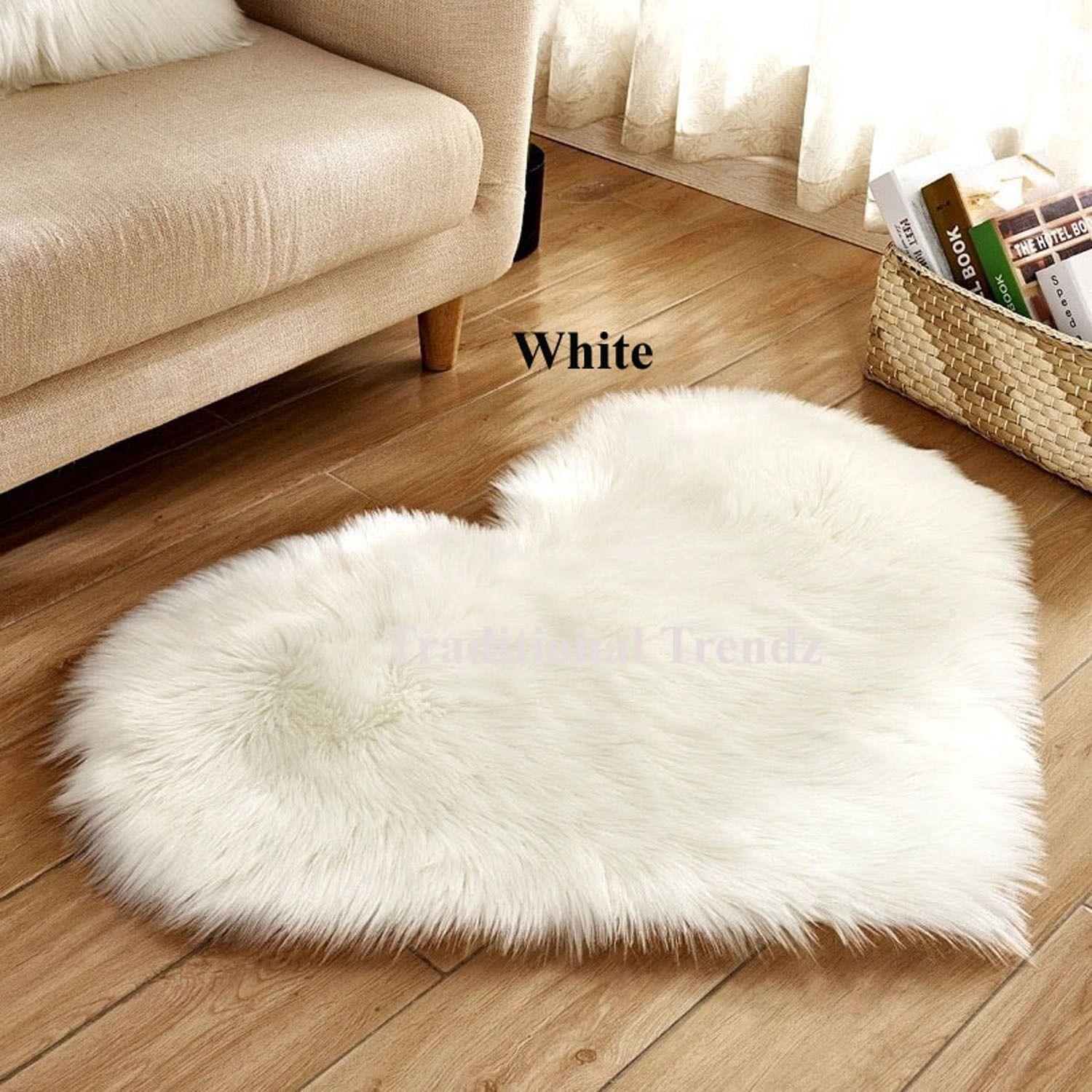 Heart Shaped Faux Sheepskin Hairy Fluffy Soft Area Rug For Bed Chair Throw Artificial Sheepskin Rug Fluffy Rug Plain Rugs Bedroom Carpet