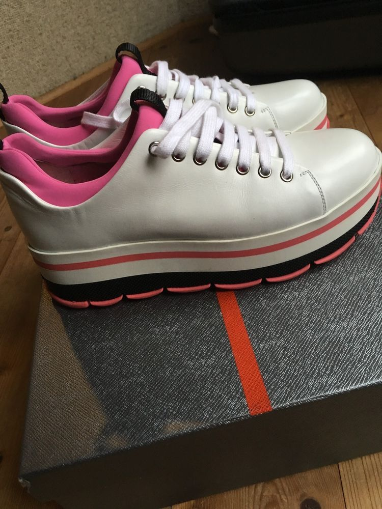 check out 43a27 860c2 Prada Platform Sneaker weiß pink Plateau Sneaker 39 UVP 595 ...