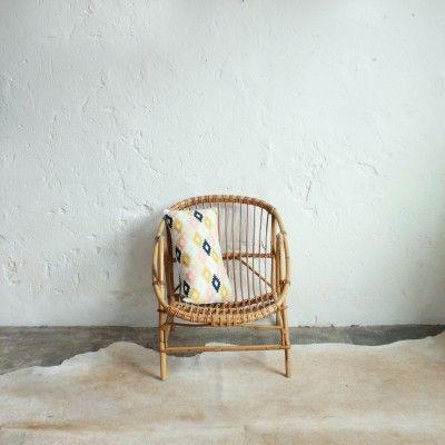fauteuil rotin vintage classique f231 l 39 atelier du petit parc pinterest fauteuil rotin. Black Bedroom Furniture Sets. Home Design Ideas