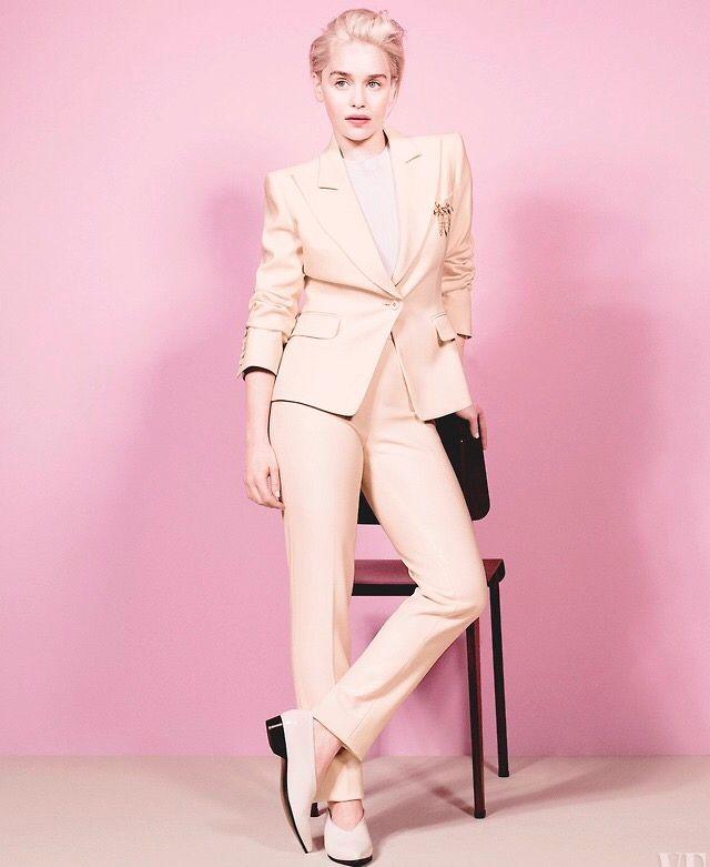 Emilia Clarke | Emilia clarke style, Fashion, Vanity fair