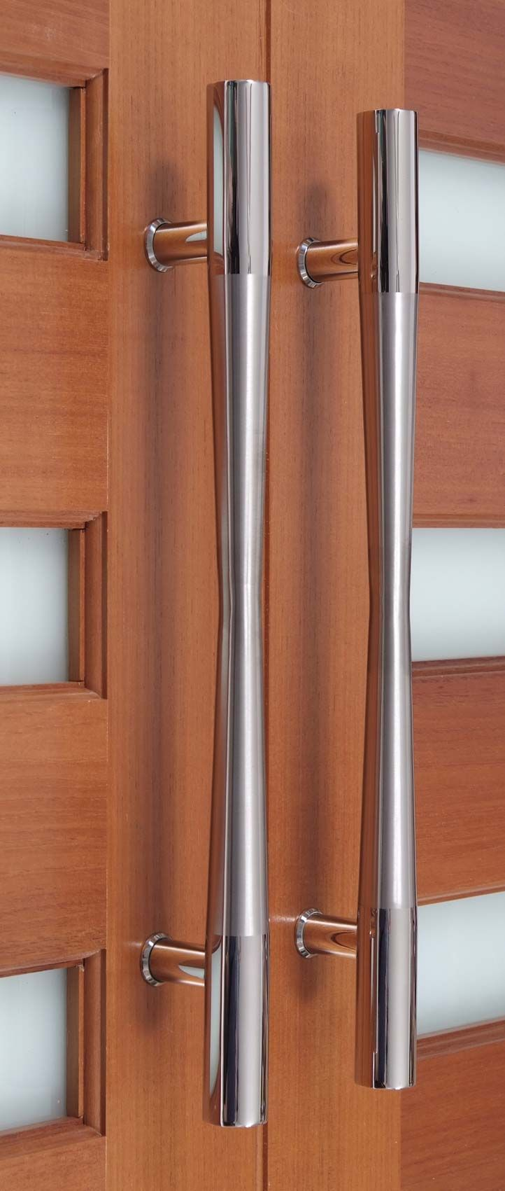 The Hour Glass front door pull handle is another stunning handle ...